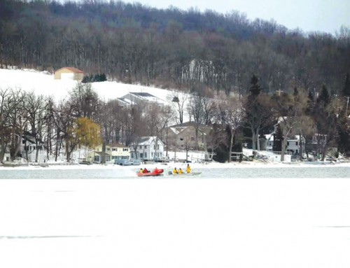 Snowmobiling deaths mount in thinly frozen lakes in mild Northeast