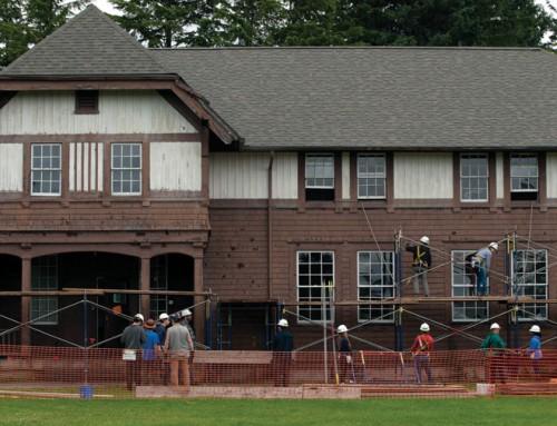 Interns make century-old building 'like original'