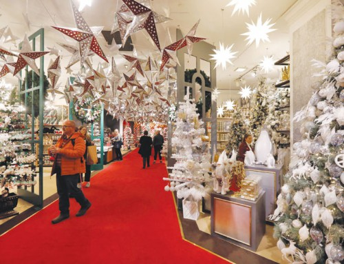 Sizing up this year's holiday shopping season for retailers